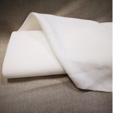 100 % lina piena balts audums mazgāts 205g/m2